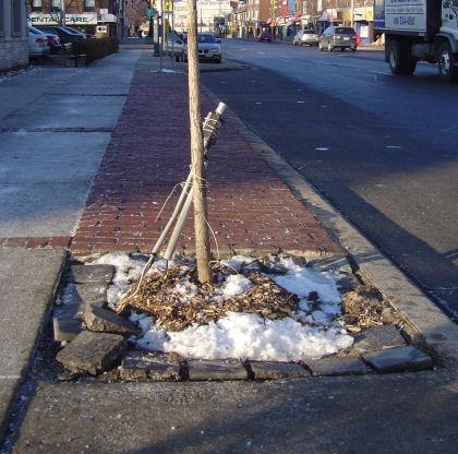jan-2006-broken-bricks-light-cable.jpg